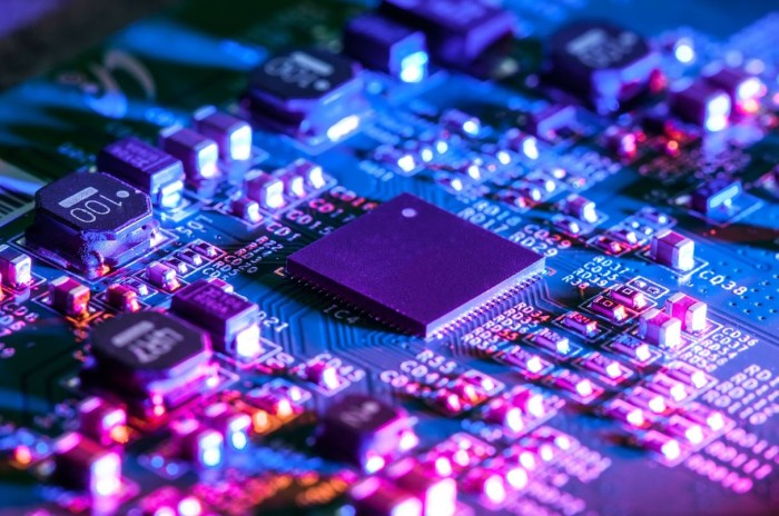 UV Härtung Conformal Coating elektronischer Baugruppen