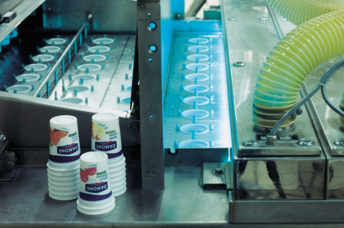 UVC disinfection of cups