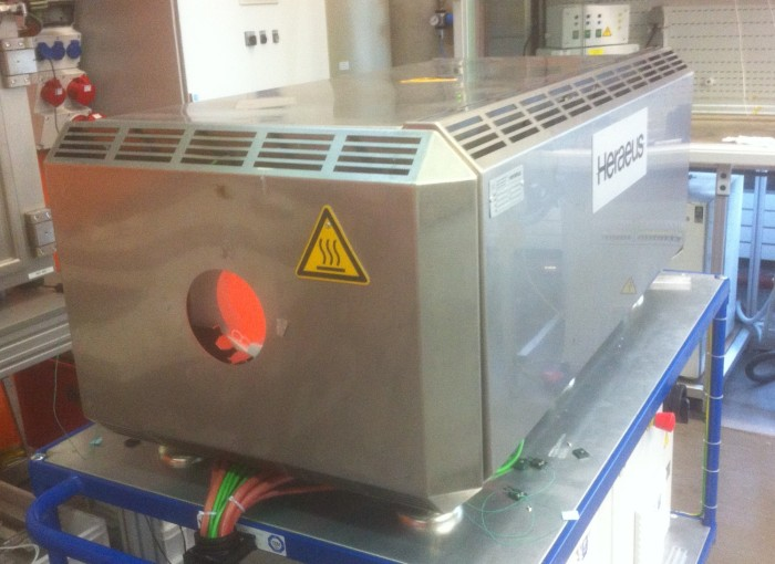 Infrared oven for industrial heat processes